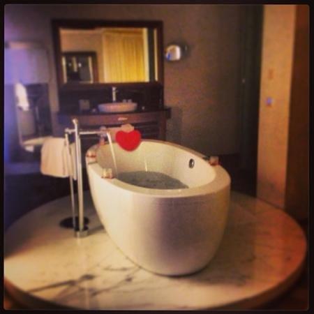 Hotel des Balances: idromassaggio suite
