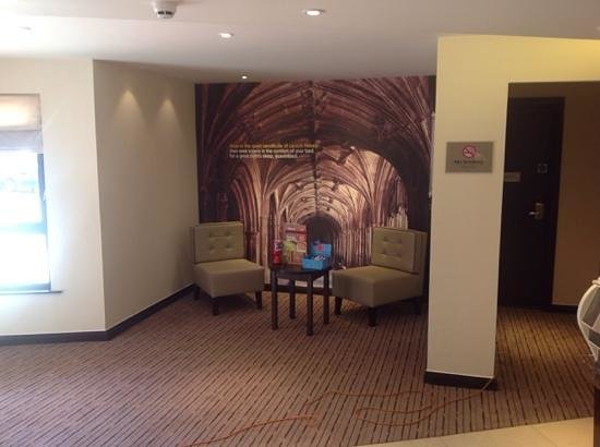 Premier Inn Chippenham Hotel : New reception area at Chippenham Premier Inn- Great Pictures