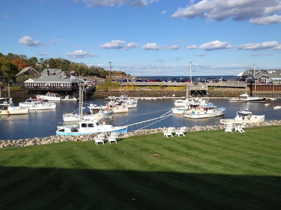 Riverside Motel: View of Perkins Cove from our balcony