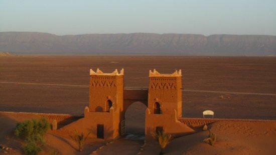 Stargazing Hotel Sahara Sky : The main gates.