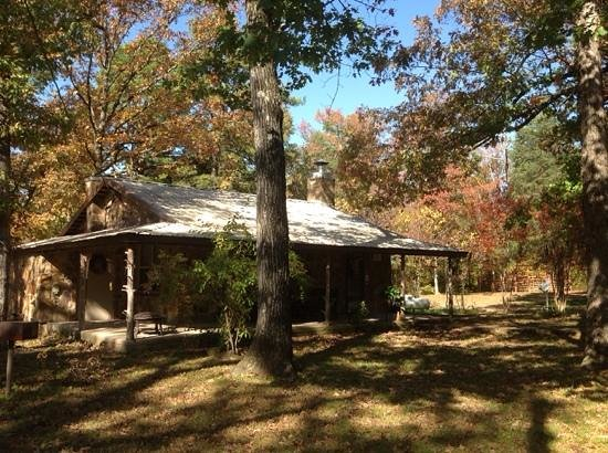 A to Z Guest Ranch : Couple's Cabin