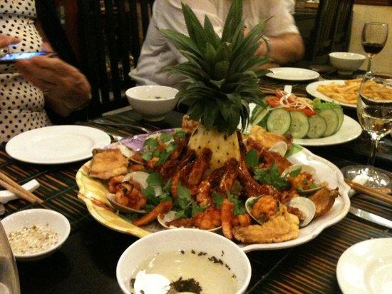 White Lotus Restaurant: Fabulous seafood
