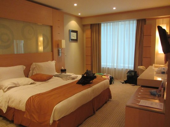 Emirates Grand Hotel: Quarto double room