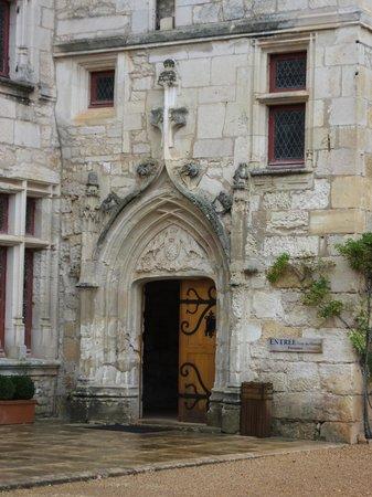 Château des Milandes : l entrée du chateau