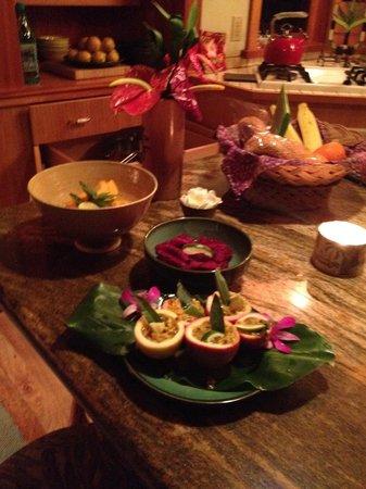 Volcano Rainforest Retreat: Lovely  Kitchen