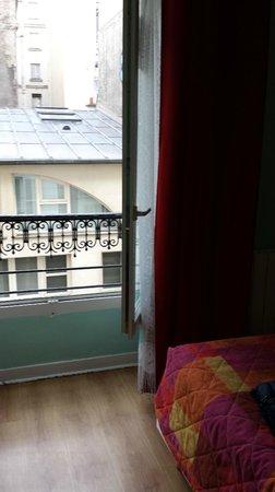 Hotel Audran: finestra