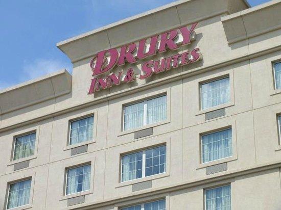 Drury Inn & Suites Greenville: Exterior Of Hotel