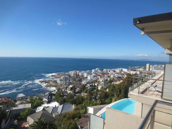 52 De Wet: View from penthouse to Sea Point