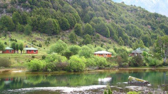 Casa de Campo Lago Espolon: La Casa de Campo vista desde la desembocadura del Lago Espolón