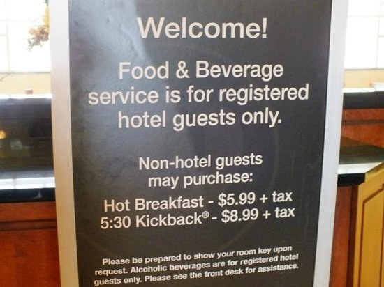 Drury Inn & Suites Greenville: Food & Beverage Sign-Great Food and best of all it's FREE!