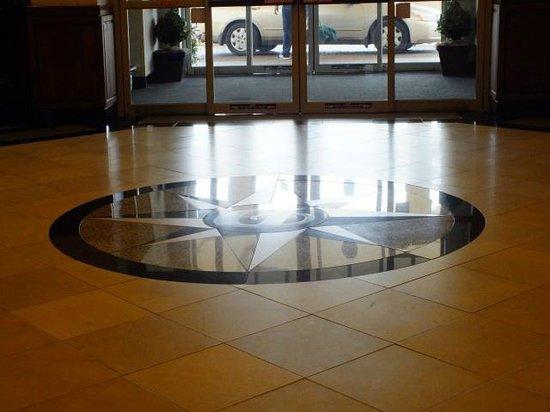 Drury Inn & Suites Greenville: Hotel Lobby
