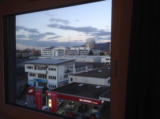 B&B Hotel Heidelberg: Aussicht Zimmer 520