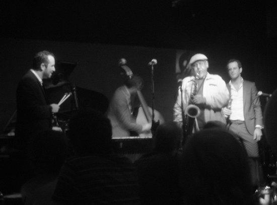The Jazz Corner: Christian Tamburr quartet