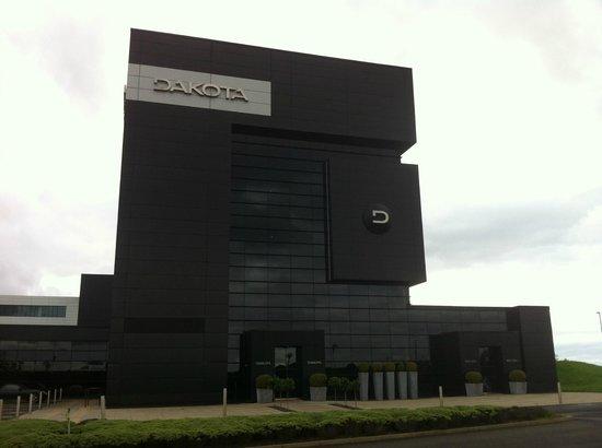 Dakota Eurocentral: Exterior