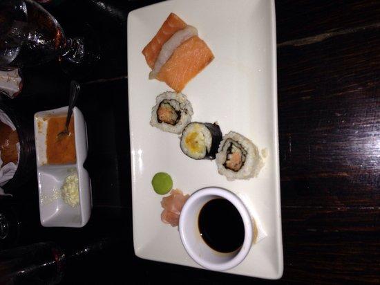 Keyonna Beach Resort Antigua: Cena con sushi