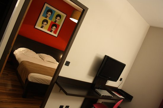 Business Park Hotel: hotel room 1