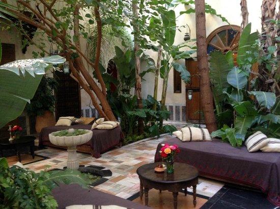 El Fenn: Main courtyard