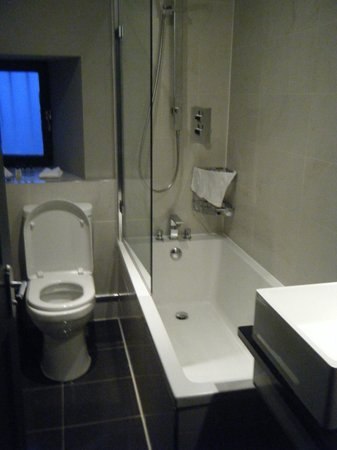 No. 11 Brunswick Street: Bathroom - fab bath and shower