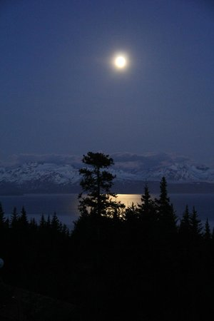Highliner House: Full moon over Kachemak bay at 3am