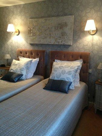 Hotel Restaurant Ricordeau : Coin lit