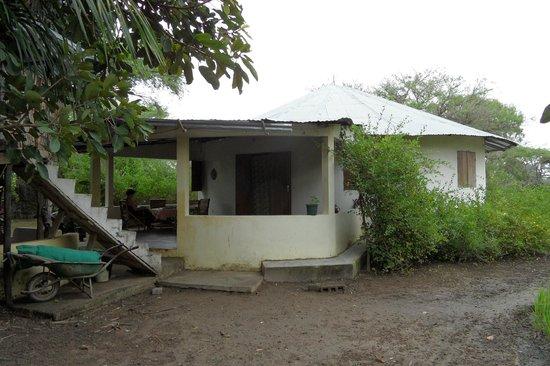 Maye Meye Fair Travel Guesthouse: Maye Meye met veranda
