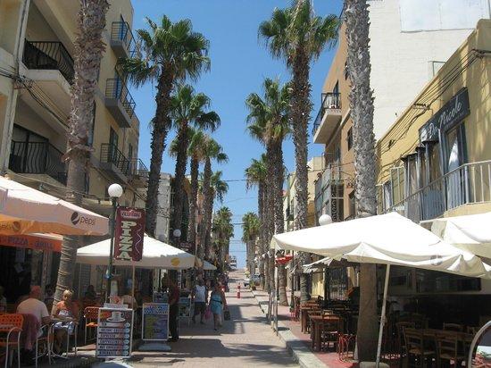 Blue Sea Santa Maria: BUGIBBA STREET