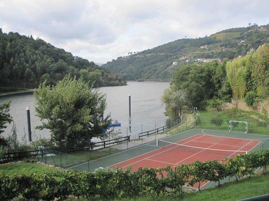 Quinta da Ermida: Campo de jogos e Cais