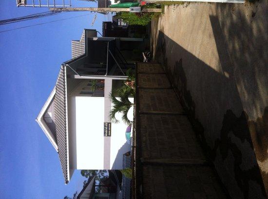 Grandma Kaew House: Aussenansicht
