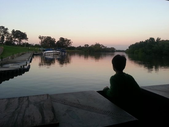 Vereeniging, Южная Африка: Sunset cruise on the boat restaurant
