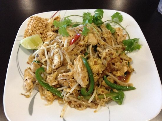 Pad thai yum picture of asian cuisine and pho san for Asian cuisine and pho