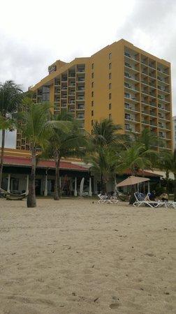 Courtyard by Marriott Isla Verde Beach Resort: отель