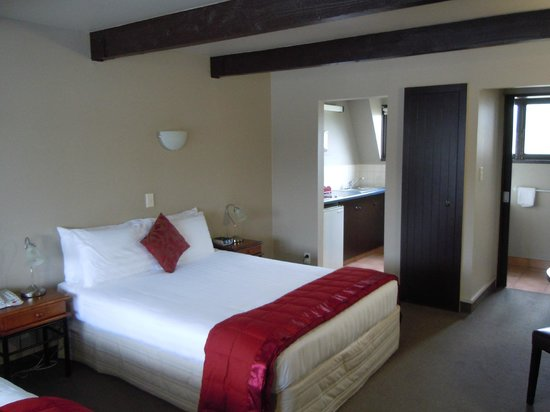 Camelot Motor Lodge: Room 773