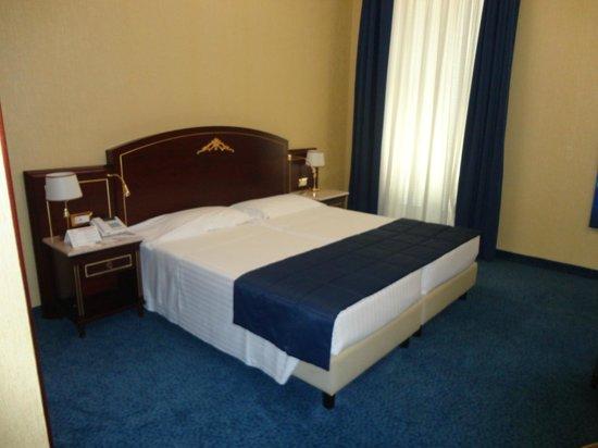 BEST WESTERN Hotel Mondial: stanza