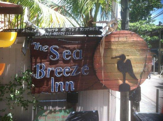 Sea Breeze Inn: Sign