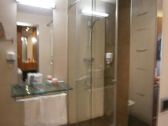 ALEGRIA Nautic Park : salle de bains