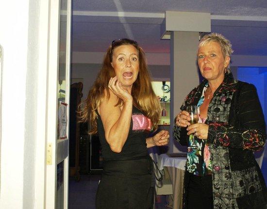 Sabores Restaurant & Tapas: Monique Anna Rosato y Andrea