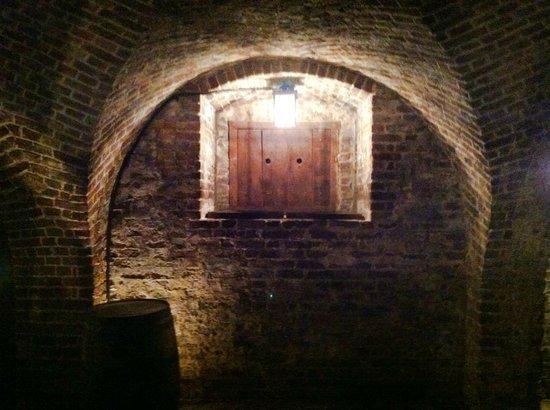 Old Exchange & Provost Dungeon : Intricate brickwork