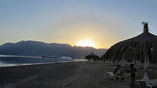Nuweiba Coral Resort: закат