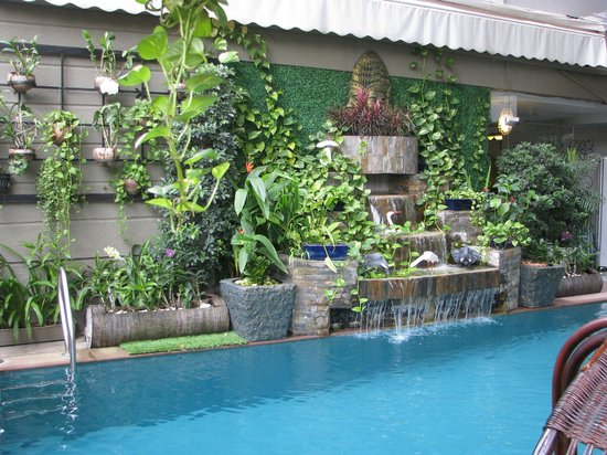 King Grand Boutique Hotel : little pool
