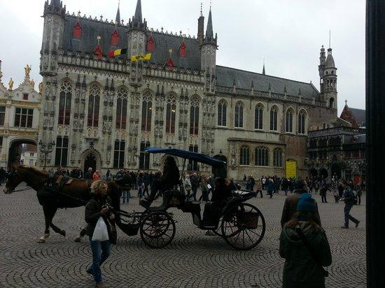 Plaza Burg: piazza burg