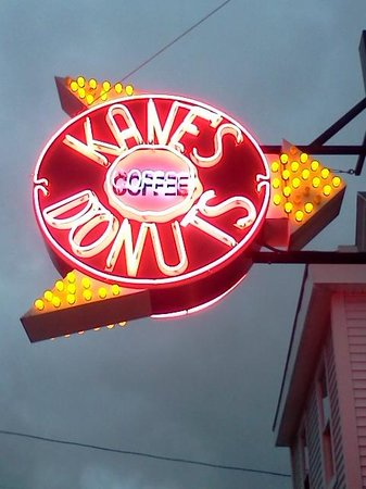 Kane's Donuts: Cool & Classic Neon Sign