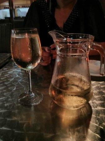 Lendario: Jug of wine