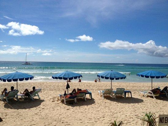 Katathani Phuket Beach Resort: Kata Noi stranden