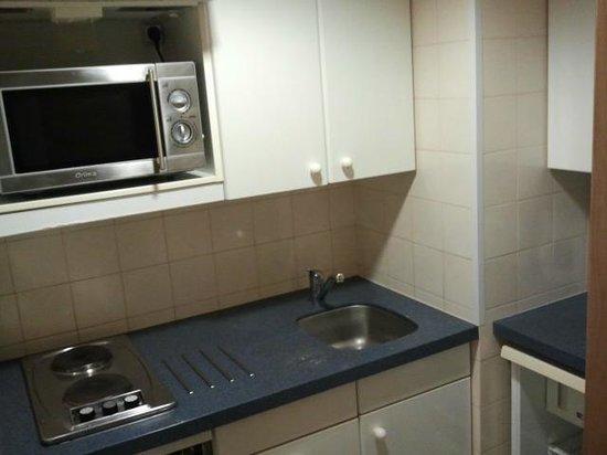 VIP Executive Éden Aparthotel: Cucina