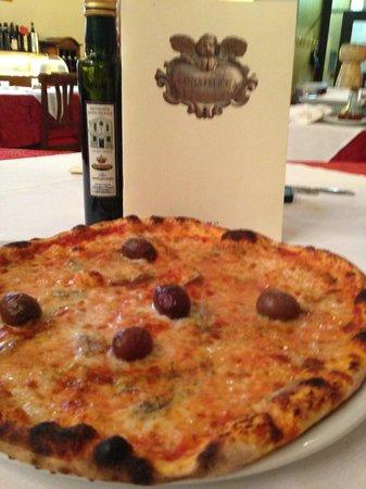Santa Felicita: my pizza...delicious
