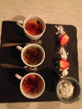 Villa Ca' Sette: Dessert ( assortiment de crèmes brûlées )