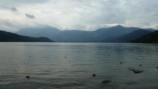 Calceranica al Lago, Italy: Lago di Caldonazzo...
