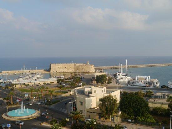 GDM Megaron Hotel : Blick auf den alten Hafen
