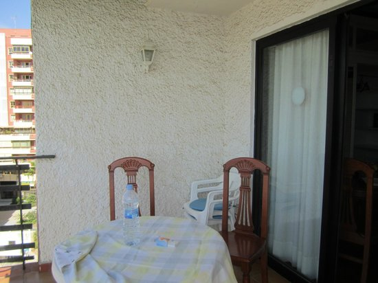 Apartamentos Mediterraneo : balcone