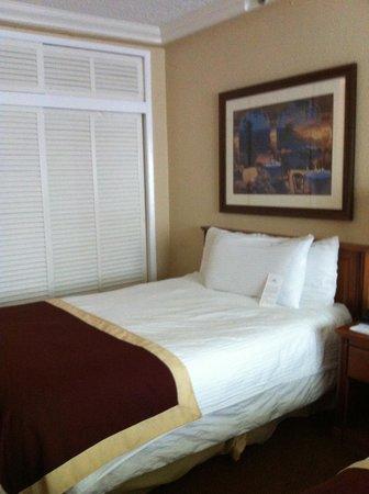 Ocean Sky Hotel & Resort: Lit